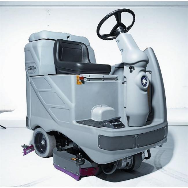 Nilfisk BR 850 S Binicili Yıkama Makinası